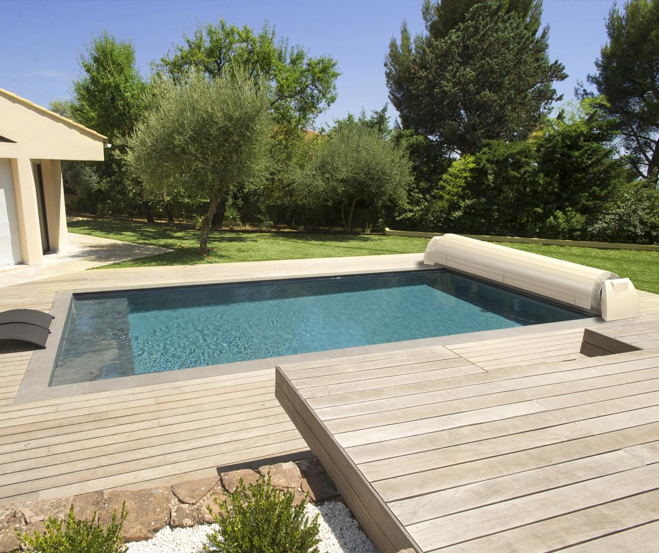 le goff piscine spa couvertures et abris de piscine. Black Bedroom Furniture Sets. Home Design Ideas